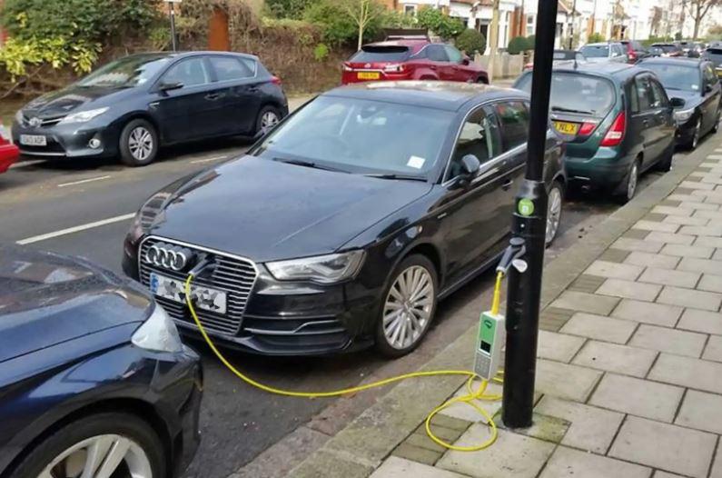 Nos acercamos al proyecto MatchUp: recarga de vehículos eléctricos en farolas
